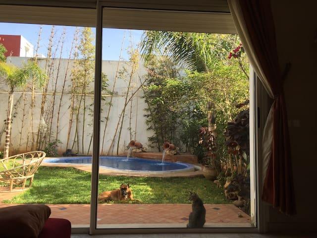 Superbe Villa avec piscine privée - Darbouazza - Huis