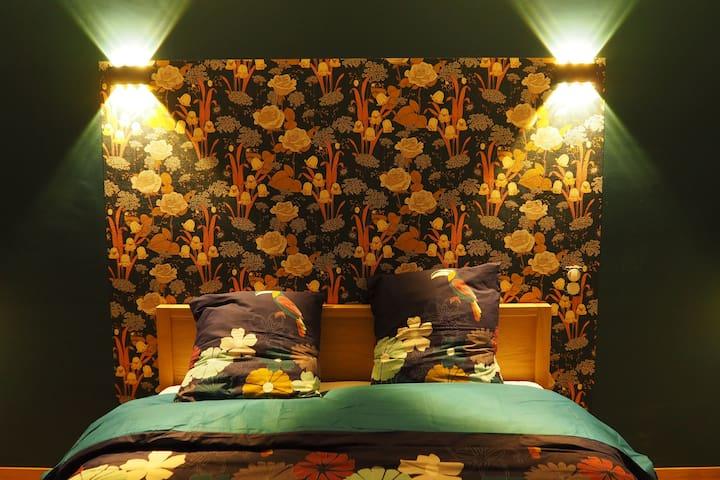 Chambre numéro 1 avec lit queen size 160x200cm