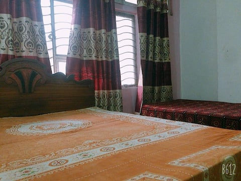 Stay in the Heart of Lahore Inside beautiful House