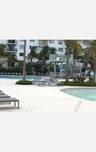 Apartment in Miami - Surfside - 公寓