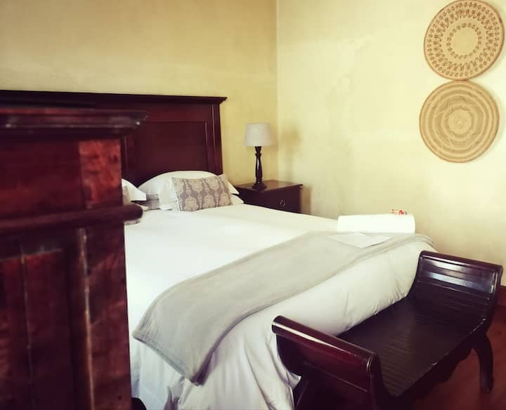 Deluxe Room @ Old House Lodge
