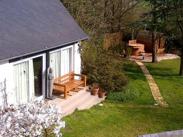 Chambres d'hôtes 'les bois' à Terre d'Islaires - Saumont-la-Poterie - Guesthouse