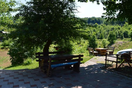 Family hotel- Double room near Plitvice Lakes - Jezerce - Talo