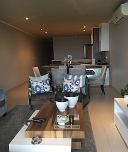 Umhlanga 3-bed seaview apartment - Umhlanga