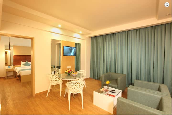 The Dunes Cochin - Suite room - Off MG Road,