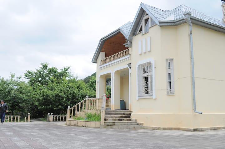 Nadirli's house - Gachrash/Quba