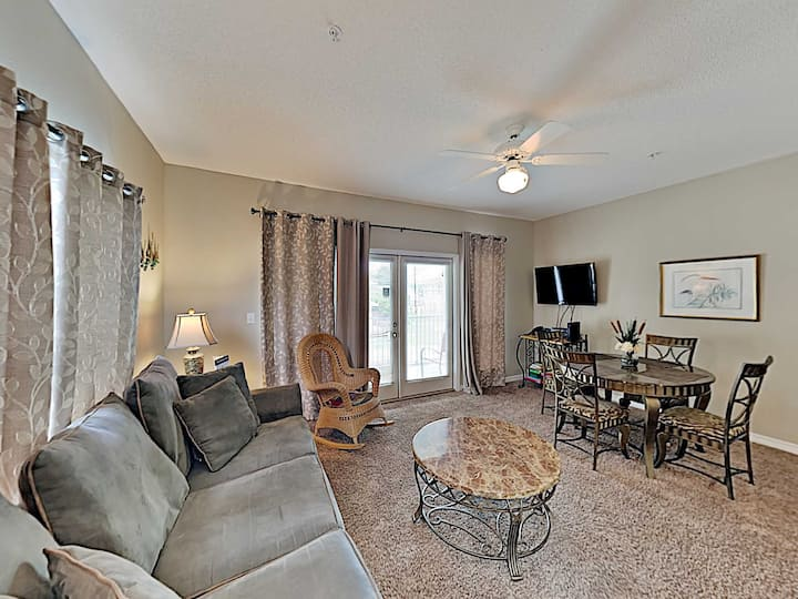 Perfect Destin Location, Easy Access to EVERYTHING!