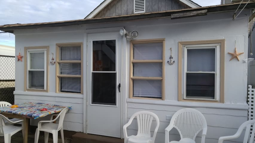 SEASIDE HEIGHTS BEACH COTTAGE - Seaside Heights - Bungalou