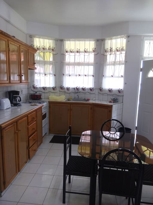 Beautiful well equipped kitchen and living room