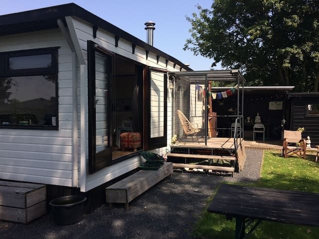 Cosy mobil home with garden, lakes of Amsterdam