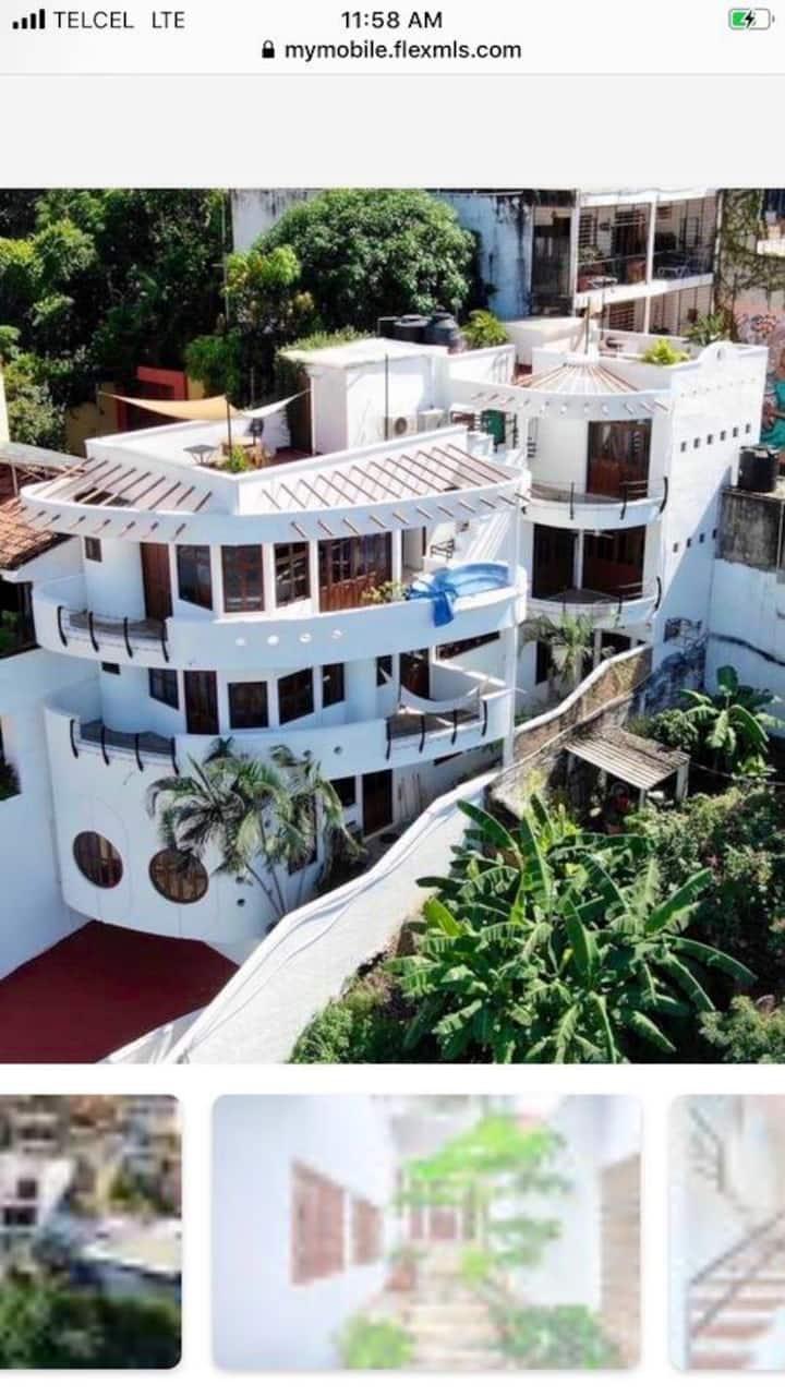 """Casa Del Barco """"The House Boat"""""""