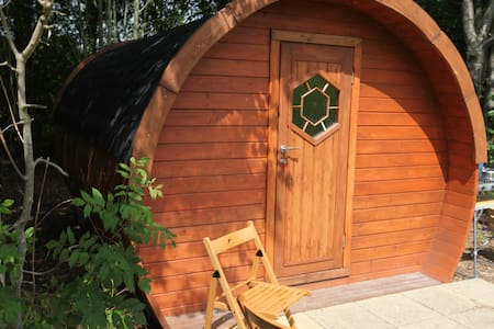 Idyllic glamping pod in the Kent countryside!