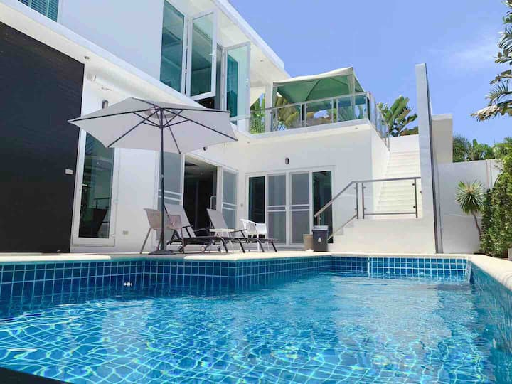 VIP Pool Villa Pattaya 3BR/精致泳池别墅/泡泡浴/沙滩/夜市/海鲜自助/
