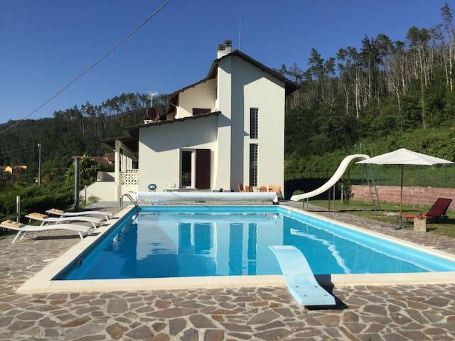 Villa Mara - Ricco' del Golfo di Spezia