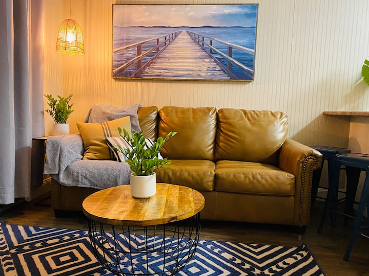 Tybee Luxe Lemon Beachfront Condo
