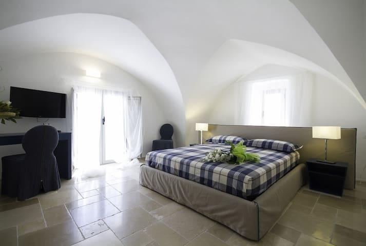 Suite Primitivo