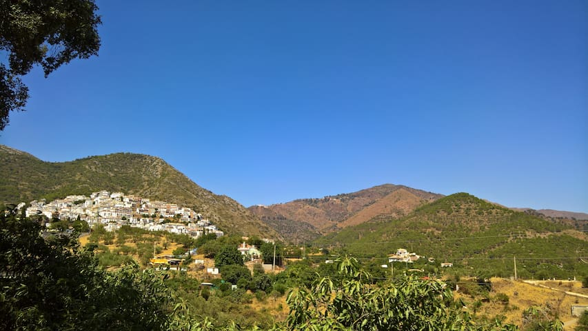 Apartamento en Ojén, cerca Marbella - Málaga - Apartamento