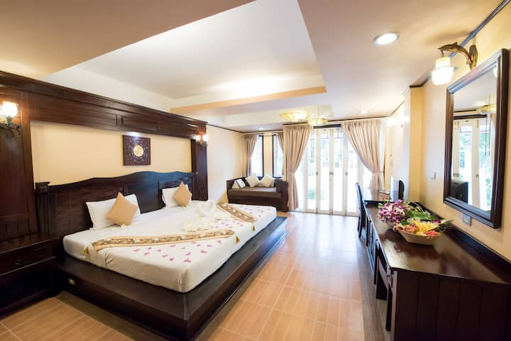 Family Poolside Suite on Ko Tao!