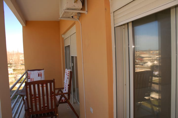 One Bedroom Holiday Apartment in Vlora -087