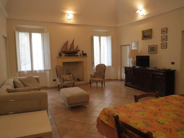 Casa Vacanze La Casa dell'Arciprete - Rapolano Terme - Leilighet