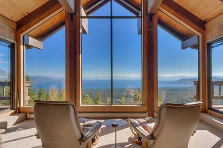 Spectacular Lake Views   Massive Decks   Sleeps 6