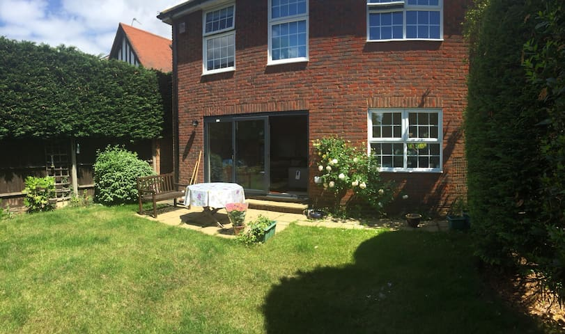 New Malden - newly refurbished