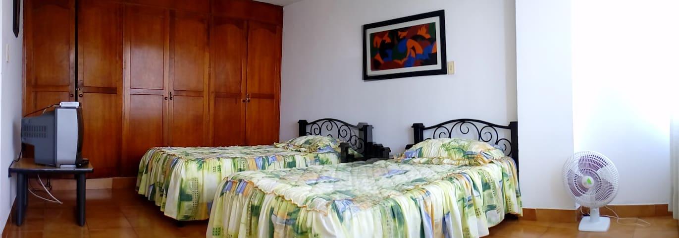 Habitacion #4 en zona centro - Roldanillo - Apartamento