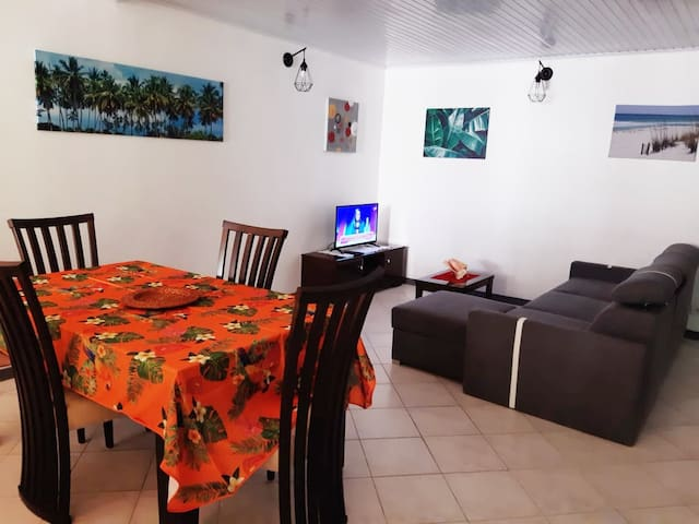 Spacious T2 - 5 minutes from the beach - 02