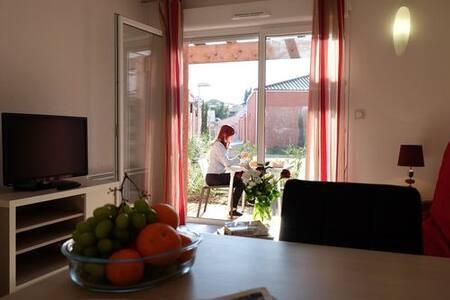 Grande Villa 4 personnes proche Nimes - Saint-Christol