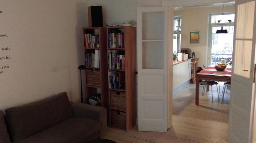 Comfortable and charming 3 bedroom in Vesterbro