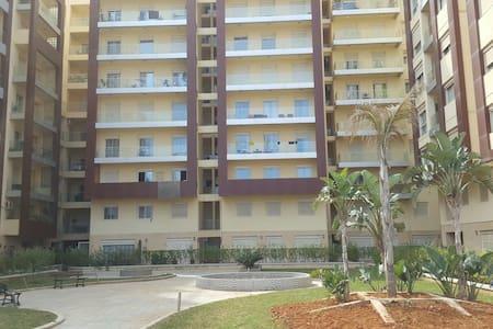 Appartement haut standing - Chéraga Algiers - Byt