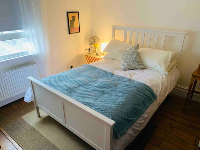 Double room 3 minutes from Tunbridge Wells Station