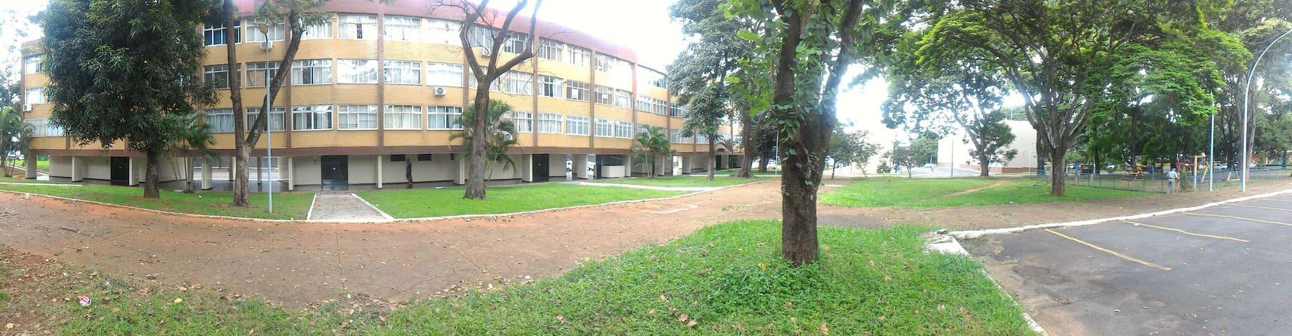 Ótima localização e fácil locomoção - Brasília - Appartement