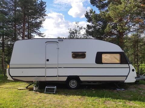 Cosy Aurora Caravan