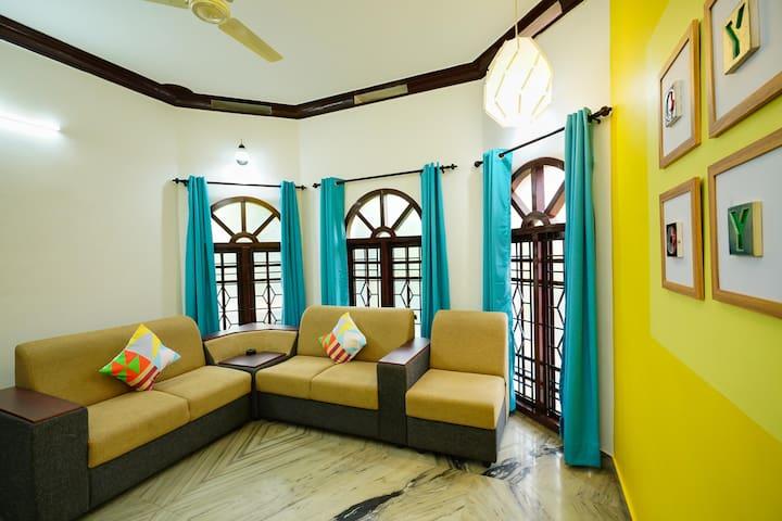 OYO - Classic 1BR Home Studio in Vyttila, Kochi-Wow!!!