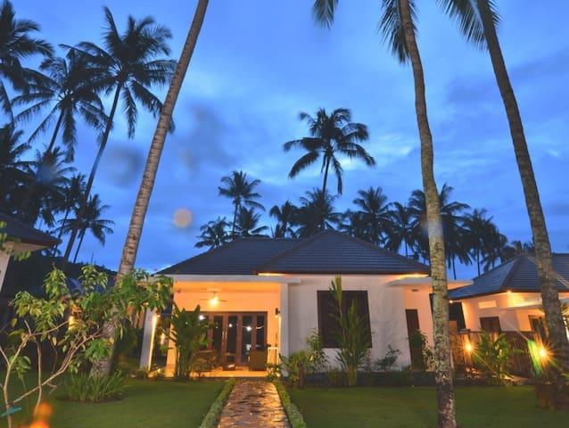 Beautiful Garden View Villa - Batu Layar - Byt