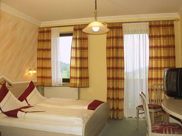 Gasthof-Hotel Dilger (Rattenberg), Doppelzimmer - mit gediegenem Komfort