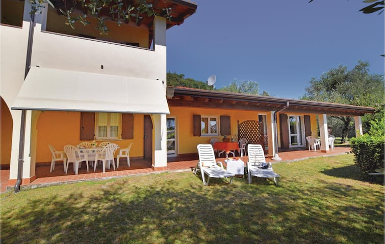 Holiday apartment with 3 bedrooms on 70m² in Manerba del Garda VR
