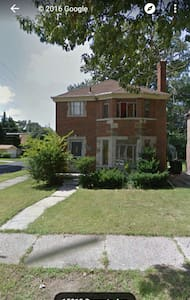 Cozy 1 bed with breakfast and cable - Detroit