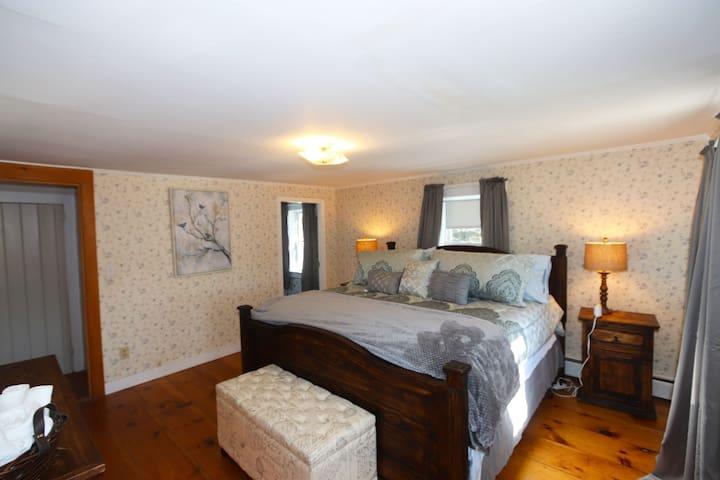 Bucksport Suite