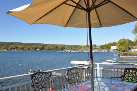 Comfortable & Fun Keuka Lake House - Penn Yan - Casa
