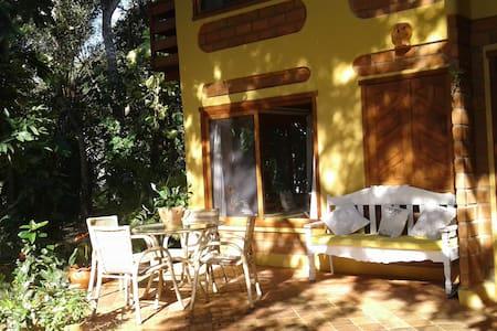 Ótima Casa no parque rio yaya  Praia de Arakakaí - Santa Cruz Cabrália