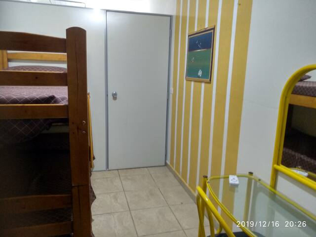 CAMA 2 em DORMITÓRIO - Casa de Hóspedes
