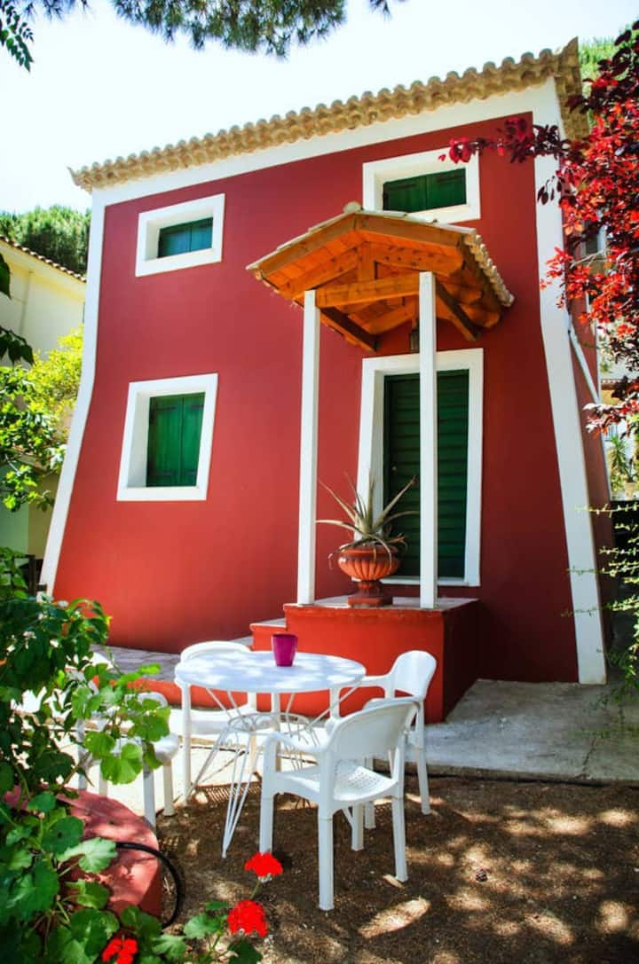 Vardiola Holiday Tower - 73m from the beach!