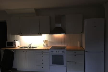 Quiet and cosy apartment in Langhus close to Oslo - Ski