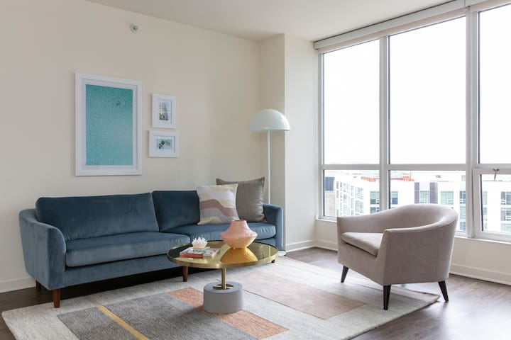 Sonder | Beale Apartments | Modern 1BR + Gym