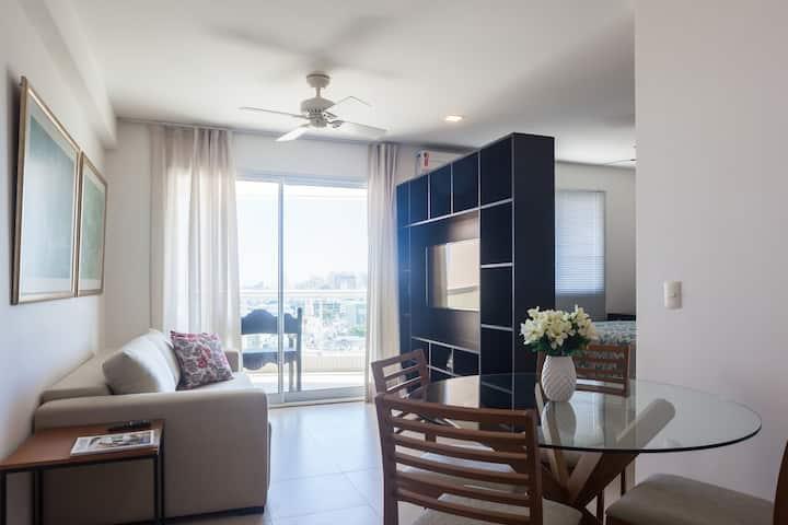 Apartamento moderno mobiliado vista mar