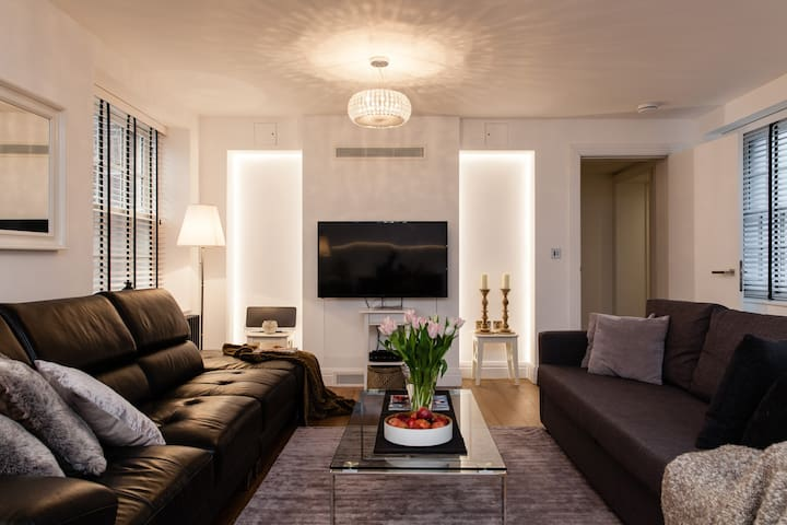 NEW LUXURY! 3BED/2BEDR/2BATH COVENT GARD 3min tube