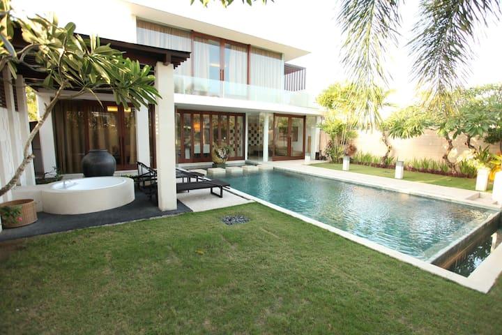 The Wangsa Arka 2 Bed Room Villa