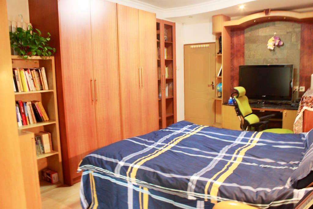 大主卧-Bed Room